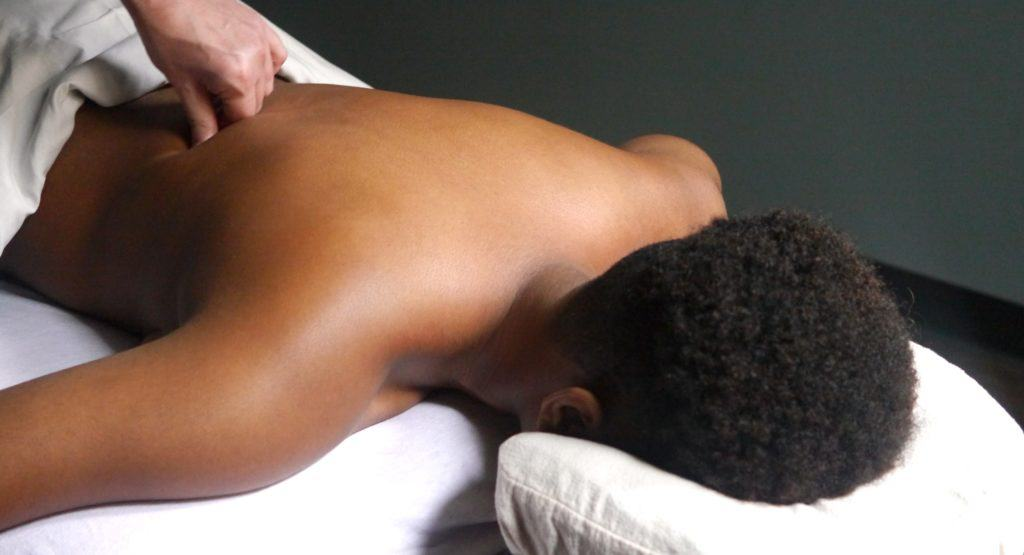 Back Pain Massage New York - Back Pain Massage Midtown by David Weintraub LMT @ Bodyworks DW Advanced Massage Therapy - deep tissue massage for back pain
